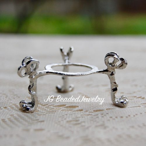 Claw Foot Crystal Ball Stand