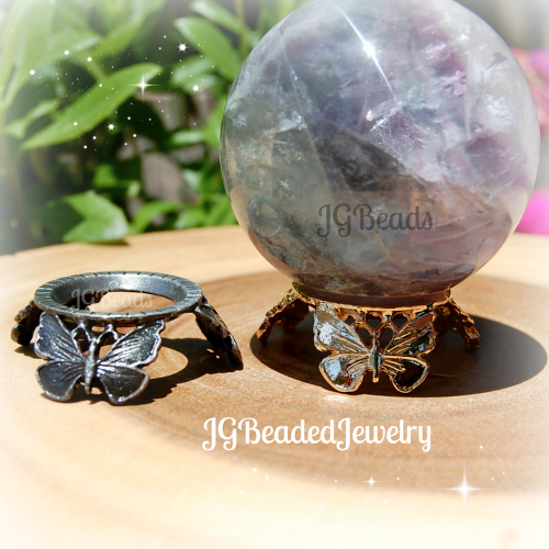 Butterfly Crystal Ball Display Stand